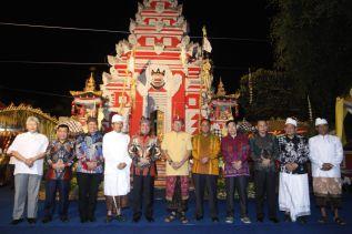 Herman Deru Apresiasi Kearifan Lokal  Warga Bali di Sumsel Tetap Lestari