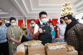 Dukung Perkembangan UMKM, Herman Deru Launching Sumsel Mall